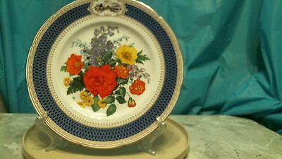 The 1983 chelsea flower show  plate. Certified by Wedgwood