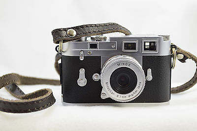 Minox Classic Digital  Leica M3, 5.0 Mp Iob With Strap, Sd Card, Papers