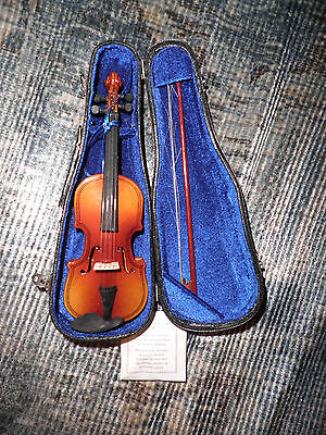 American Girl or Our Generation Doll Violin and Case - Excellent Condition!
