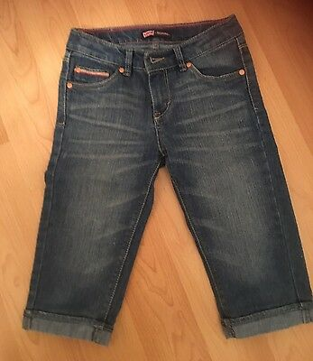 Levis Jeans  Girls Levi's Denim Cropped Jeans Age 10.  Adjustable Waist Band