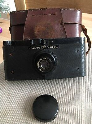 Vintage Purma Special Bakelite Camera With Leather Case