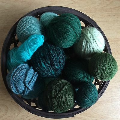 Over 250g Bundle Green Wool Scraps/Leftovers Mixed Bag, Knitting Project/Craft