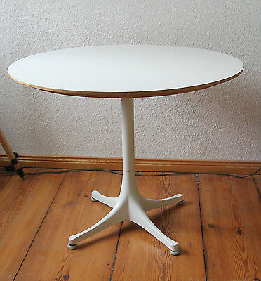 Herman Miller Coffee Table -  George Nelson Stand - weiss ø 70 cm