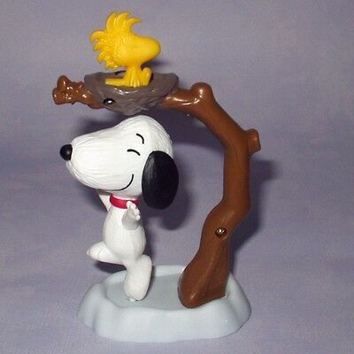 PEANUTS MOVIE SNOOPY & WOODSTOCK MAGIC SPINNING MAGNETIC TOY McDONALDS 2015 RARE