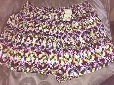 Peacocks Ladies Summer Shorts Size 18