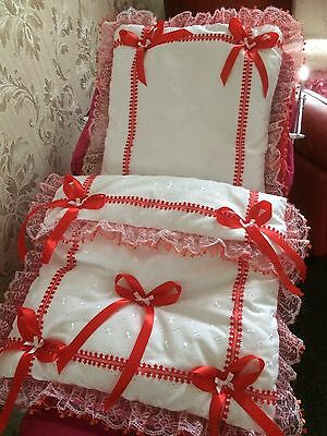 Dolls White Broderie And Red Trim Pram Set For Silver Cross Coach Built