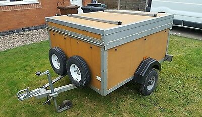 Trailer 5x4 with locking hinged lid