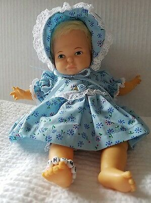 RARE 1967 Ideal Newborn Thumbelina Pullstring Doll 3 PC Outfit & Bracelet Works