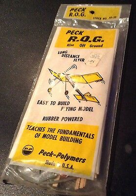 Vintage PECK POLYMERS Balsa Wood Flying Model Airplane Kit Rubber Band