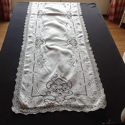 Antique Linen Table Runner With Lace Inserts