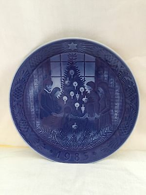 Royal Copenhagen Xmas Plate 1983 Merry Christmas Excellent Condition