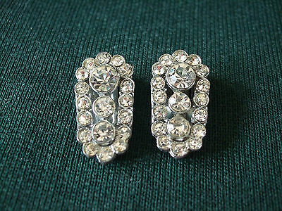 Pair of Art Deco glass diamonte rhinestone dress or shoe clips