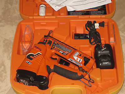 Paslode 16 Ga  IM250A Li-lon  Angled Finish Nailer #902400+ Works Great+