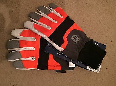 husqvarna chainsaw trousers and chainsaw gloves
