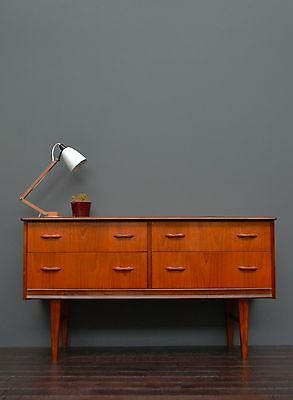 Compact Vintage Retro Mid Century Teak Sideboard / Chest of Drawers