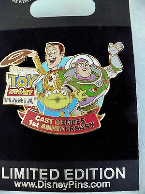 Disney Cast Exclusive Toy Story Mania Pin 1st Anniversary LE with Free Shipping