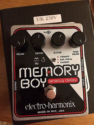 EHX Pedal :: Memory Boy :: Analog Delay