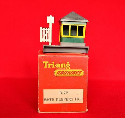 R72 Gatekeepers Hut Triang/Hornby