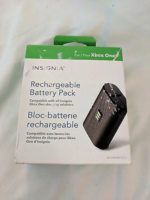 Insignia Replacement Battery Pack for Xbox One (Open Box)