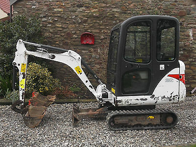 BOBCAT E14 MINI DIGGER EXCAVATOR 1.5 ton 3 buckets & hitch expanding tracks