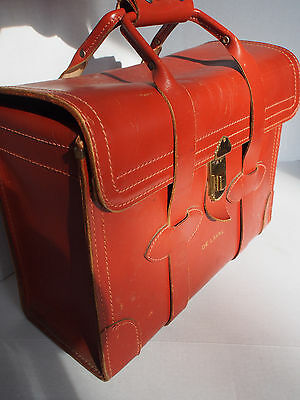 Large Vtg Tan Leather Doctor Type Luggage Duffle Travel Bag~PERFECT Structure
