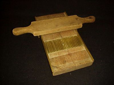 ANTIQUE APOTHECARY PILL ROLLER Wood & Brass Machine FROM OLD VERMONT PHARMACY