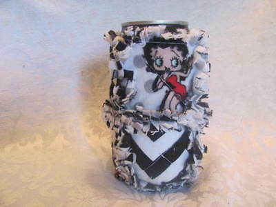 Betty Boop Black and White Chevron Inspired 12oz Beer/Pop Can Cover/ Cozy