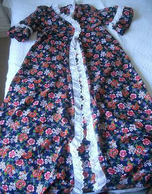 Vintage 1970's Leon Worth Cotton Full Length Brunch Coat Gown Flower Power 14