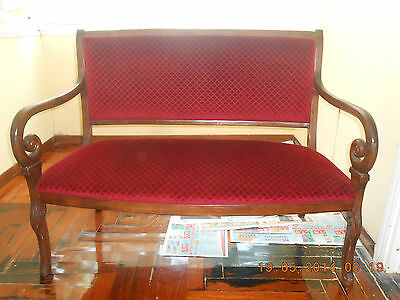 """Banquette """"empire."""" All Perfectly Restored Walnut And Polished Shellac."""