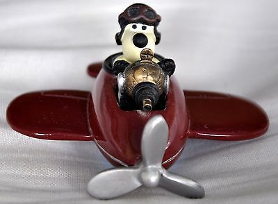Wallace and Gromit figurine - Gromit in his plane