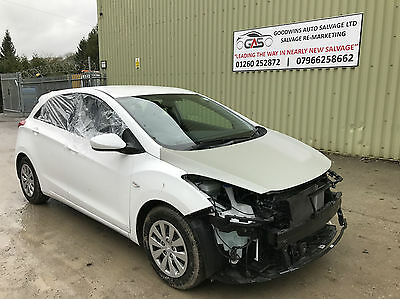 2015 65 HYUNDAI i30 1.6CRDi BLUE DRIVE UNRECORDED DAMAGED REPAIRABLE SALVAGE