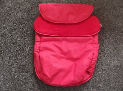 Brand New Clair de Lune All Seasons Footmuff / Cosy Toes Red