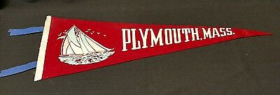 Vintage PLYMOUTH, MASS Red Felt Travel Souvenir Pennant Sailboat