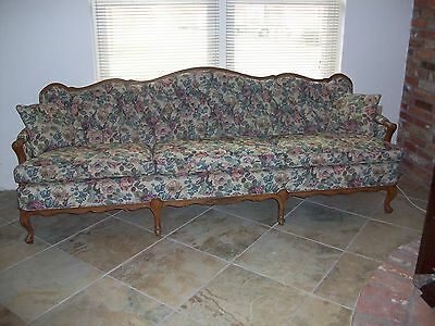 Vintage French Style Sofa with tufted back