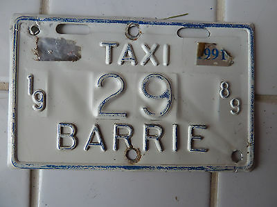 1989 Barrie TAXI License Plate #29.........50G