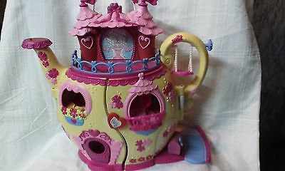ponyville teapot palace with fluttershy