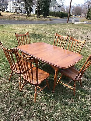 Cushman Colonial Maple Table w/ 6 Chairs 2 Leafs And Padded Cover