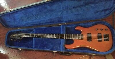 Vintage 1987 Gibson Bass V 5 String Bass Guitar Plays Great w/ Hard Case