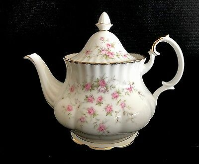 Paragon/ Royal Albert Victorian Rose Teapot Bone China England