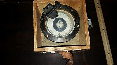 VINTAGE JAPAN Hand Held Nautical Floating Compass In Wooden Box Weems and Plath?
