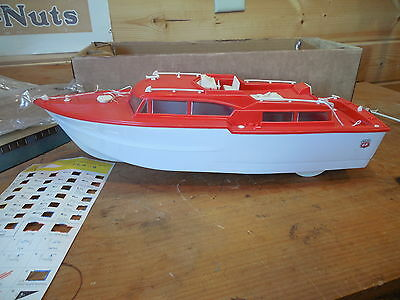 Vintage Phillips 66 Power Yacht (Pieces Missing)