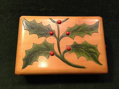 Antique PAINTED HOLLY LEAVES APPLIED BERRIES SEWING BOX w /fitted interior