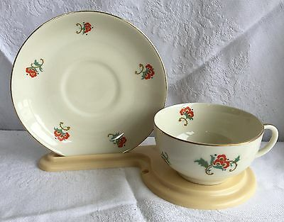 Fein Bayreuth Sophienthai Bavaria Red Flowers/Cream/Gold Tea Cup & Saucer (298)