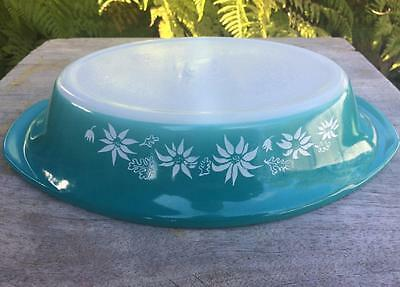 Pretty Agee Pyrex Haze Blue Turquoise Flannel Flowers divided dish DD200