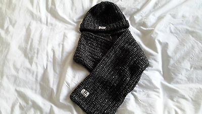 Next, boys hat and scarf set 3 -6yrs new