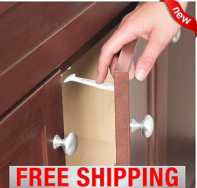 Safety 1st Wide Grip Latches 14 pieces Baby Cabinet Locks Child Kids Door Drawer