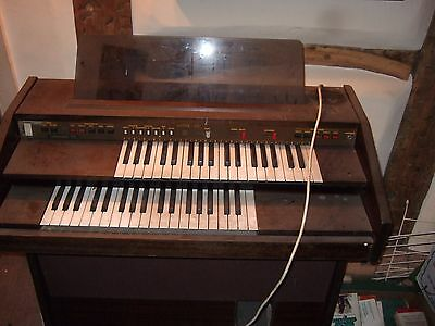 LIEBERSTEIN 900 ELECTRIC ORGAN with original instructions