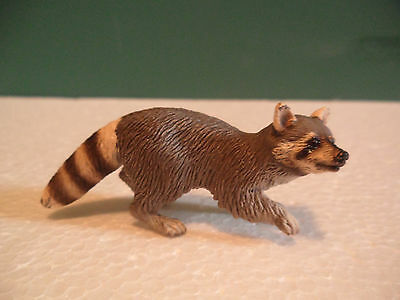 Schleich Gray and White Raccoon Figure USED