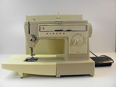 SINGER 522 Electric Sewing Machine Heavy Duty Sews Leather Upholstery Denim