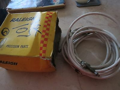 Raleigh RJK 107 white ribbed brake cables x 4 old stock